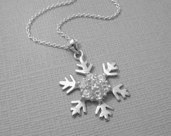Snowflake Necklace, Silver Snowflake Necklace, Sterling Silver Snowflake Necklace, Winter Wedding Necklace, Bridesmaid Gift Necklace