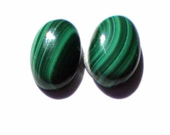 Malachite, 14 x 10 x 5 mm in packs of 2 cabochon for jewelry, lots to choose