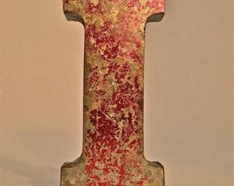 A fantastic vintage style metal 3D red letter I