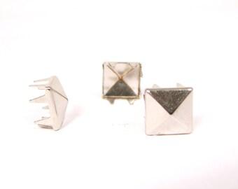 Silver, 9mm multi-pronged garment pyramid studs - Bag of 100
