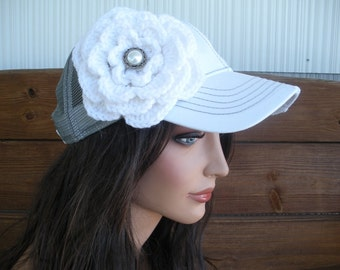 Womens Trucker Hat Baseball Hat Cap Summer Fashion Accessories Women Sport Hat in White, Gray with White Crochet Flower