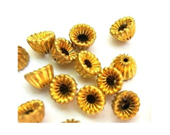 20 Metal vintage beads cup shape 5mm height