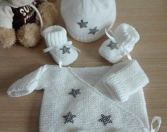 Baby jacket set 0/3 months hat and booties