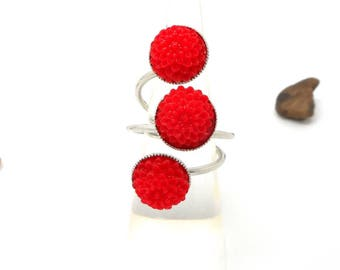 triple red flower cabochon ring