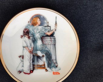 Miniature Norman Rockwell Collectible Plate   Going Out   Royal Cornwall Porcelain   Includes Certificate of Authenticity