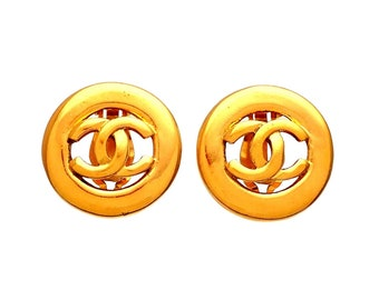 Authentic vintage Chanel earrings Gold Round CC Logo #ea2109