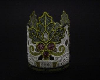 Lace tea light holder