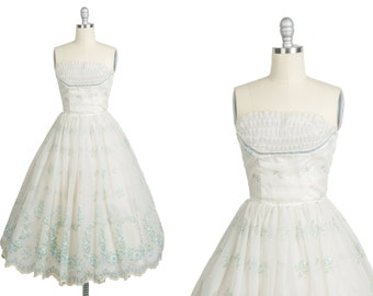 Vintage 1950s Prom Dress // 50s White Cupcake Dress // Rose Print Flocked Organza // Something Blue // Quinceañera Dress // Vintage Wedding