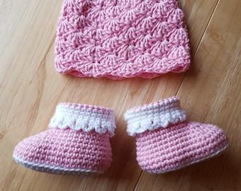 Babies Hat & Booties Set - Baby Shower Gift