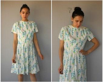 Vintage 1960s Dress • 60s Dress • 1960s Day Dress • 60s Printed Dress  • Short Sleeved Dress • 1950s Dress  - (large)