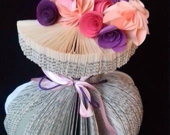 Customizable folded paper flower bouquet