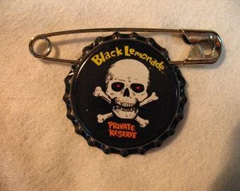 Skull and Cross Bone Pin   Pirate Accessor   Adventure Badge   Childs Gift   Soda Bottle cap