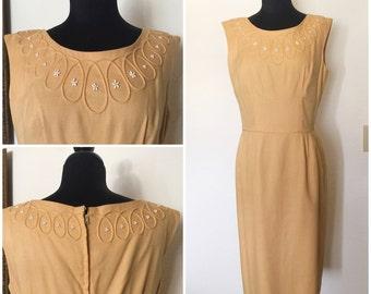 Original Vintage 50's/60's Light Apricot Beaded Wiggle Dress, Vintage Sleeveless Wiggle Dress, 50's Wiggle Dress, 60's Wiggle Dress, Size: L