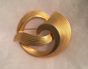 Vintage Signed M. Jent Gold Tone Brooch / Satin Like Finish / Beautiful Swirl Design Brooch / Gift for Her / Gift for Mother