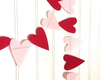 Valentine Felt Heart Banner, Photo Prop, Decoration, Garland - Pink and Red