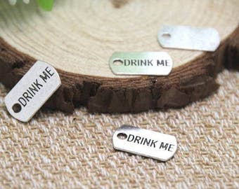 5 pcs DRINK ME TAG - Alice Charms - Alice In Wonderland Tibetan Silver Charms - Pendants