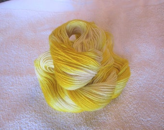 100% Superfine Alpaca - Gradient Hand Dyed - Yellow - 3 Ply Fingering Weight Yarn - 200 Yds - 19-22 WPI