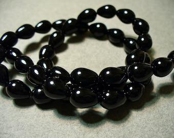 Glass Pearls Black Teardrop 9x7MM