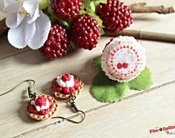 Red macaroon and cherry ring with cherry pie earrings
