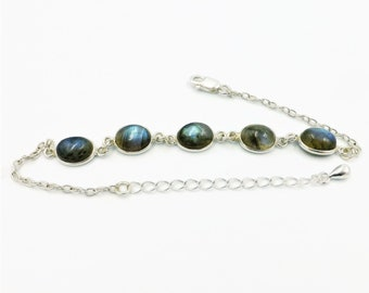 Blue labradorite bracelet, classic bracelets, 925 silver bracelet, blue gemstone bracelet, ladies bracelet, silver chain bracelet