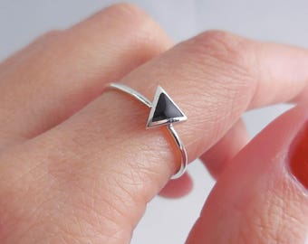 925 Sterling Silver Triangle Stacking Ring, Silver Triangle Ring, Geometric Ring, Minimalist Ring, Stacking Ring, Rings for Her, Silver Ring