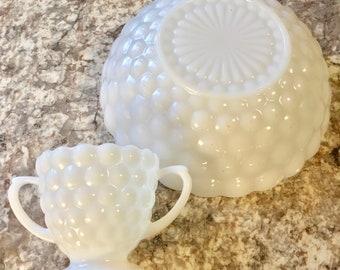Anchor Hocking Fire King Milk Bubble Glass Bowl Set