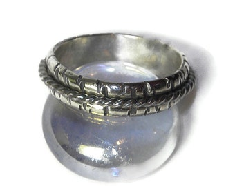 Silver Spinner Meditation Ring, Fidget Ring in Distressed Sterling Finish, Birch Bark, Stackable Ring, Unisex Ring R157