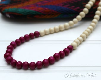 Color Block Necklace - Wooden beads cream and Magenta