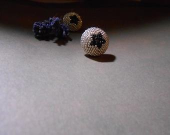 Black Star - Beaded earrings -  Seed Beaded stud earrings - Silver - Black - Mother Day Gift