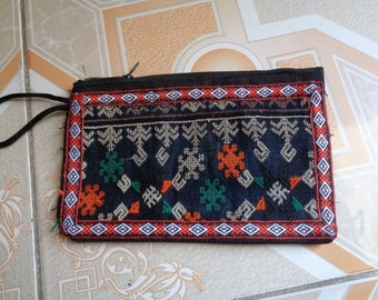 Sapa Red Dao Cotton/Polyester Embroidered Purses