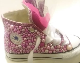 Girls Pearl Converse infants size 8