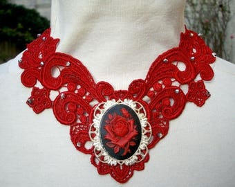 Red Venice lace necklace