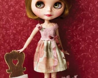 Romantic Blythe dress; pink, floral design