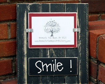 Picture Frame with Chalkboard - Holds a 4x6 Photo - Distressed Wood - Black & Barn Red - Black Chalkboard