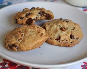 Classic Chocolate Chip Pecan Cookies