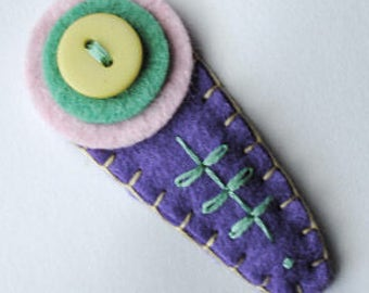 Folk Design Button Clip