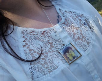 Pressed Pansy Window Necklace