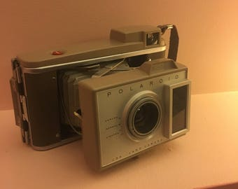 J33 Polaroid land camera