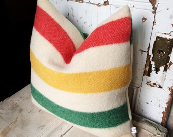"""POINT - reconstructed vintage wool blanket 18"""" pillow cover"""