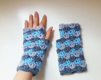Fingerless gloves crochet pattern // EVEREST mitts pattern _ M63