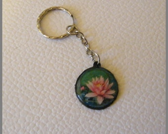 "Keyring ""Lotus rose"" - resin Cabochon"