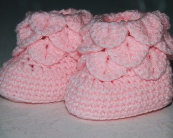 Crocodile stitch Crocheted Baby Boots (0-12 months)