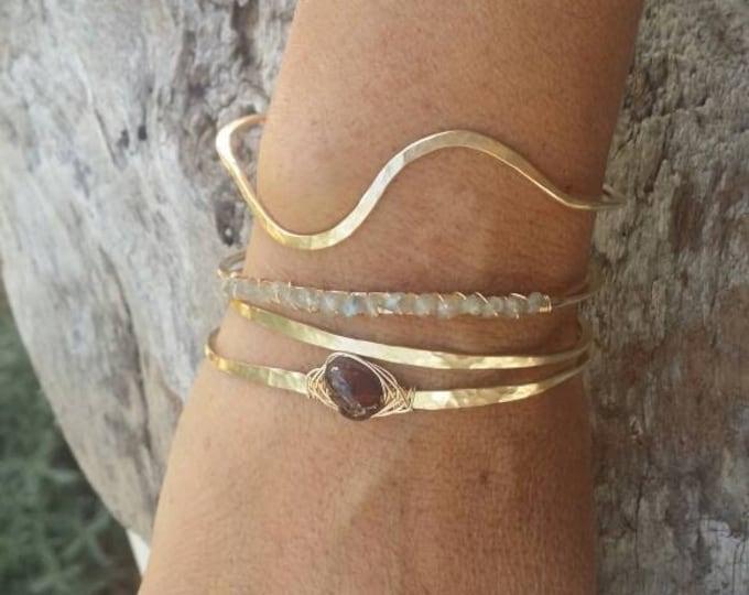 Gemstone Bracelet, Labradorite,Stacking Bangle, Sterling Silver,or, 16K Gold Fill, Hammered bangle, Gold Bangle, Silver Bangle, Bracelet