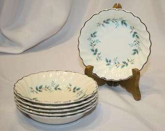"""6 Berry Bowls, 5 Inches Diameter, Myott Staffordshire England, Old Chelsea China, """"Bluebell"""" Pattern, 1930s, No Chips or Crazing"""