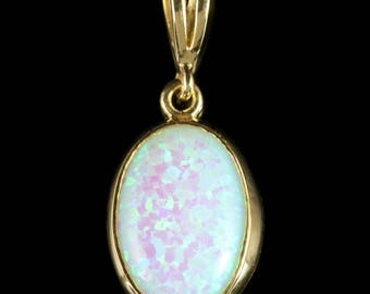Opal Gold Pendant 9ct Gold