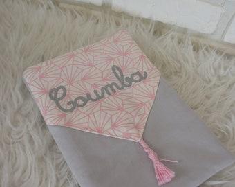 Protège carnet de santé , personnalisable, fille, en tissu, rose et gris, cadeau naissance, chahome