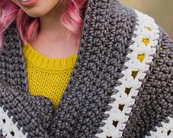 Hooded Bliss Blanket Crochet Pattern // The Hook Nook // Easy // Tutorial