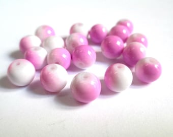 10 two-tone pink and white glass beads 8mm (P-3)