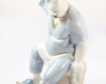 COOK and CAT Vintage Soviet Russian Porcelain Figurine 60s USSR Baranivka