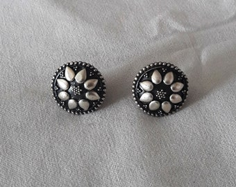 SS Gems & Jewels-Handmade Jewelry-Ethnic Silver Earring-925 Sterling Silver Stud Earring-Round Shape Tops Earrings-Indian Touch-Push Back-02